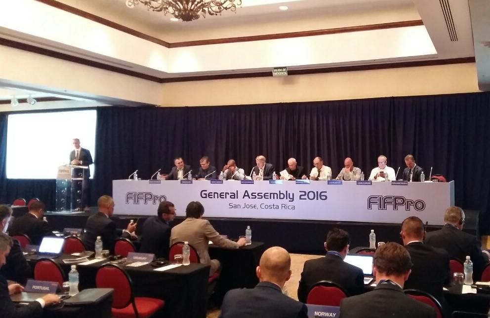 image-0-02-01-fifpro-kongres-v